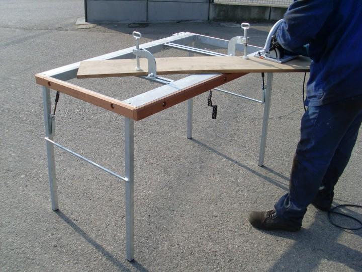 table de d coupe pour chantiers servante de d coupe jfm. Black Bedroom Furniture Sets. Home Design Ideas